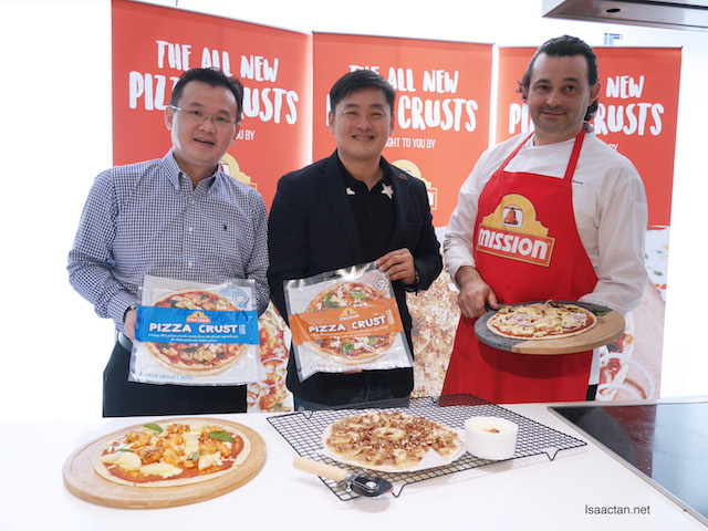 From right: Chef Frederico Michieletto, Mr Randall Tan, Brand Manager of South Asia and Mr Mark Tan, Retail Sales Manager of Mission Foods Malaysia with three pizzas created using Mission Pizza Crusts
