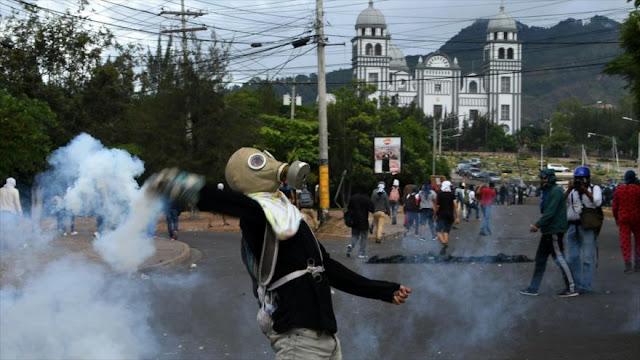 Hondureños protestan contra aumento de precio de transporte