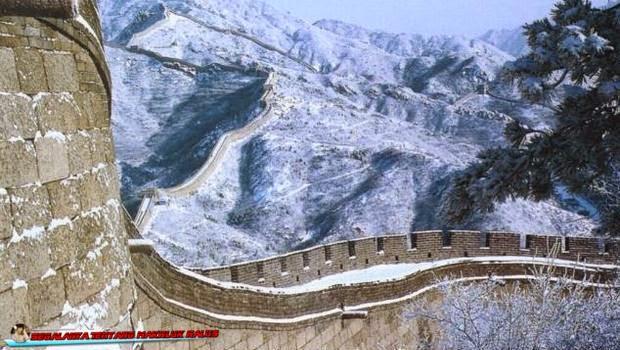 Sejarah Tembok Raksasa di Cina dan Seputar Kisah Misteri