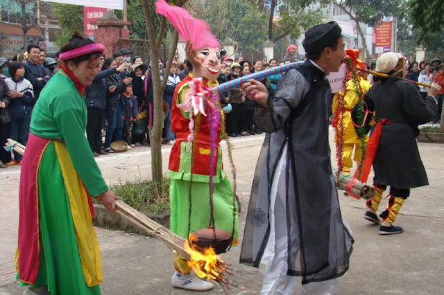 Rice cooking competitions (thi thoi com) in the festivals 4