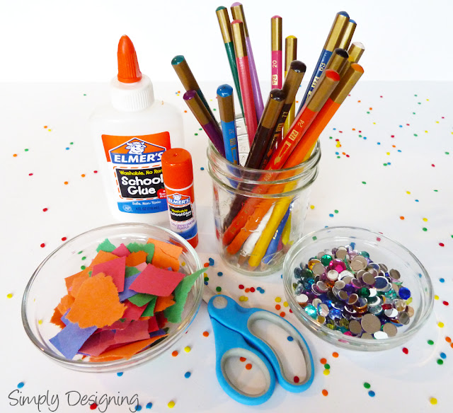 arts+and+crafts+table+01 Fun Activities for Kids at a Party 7
