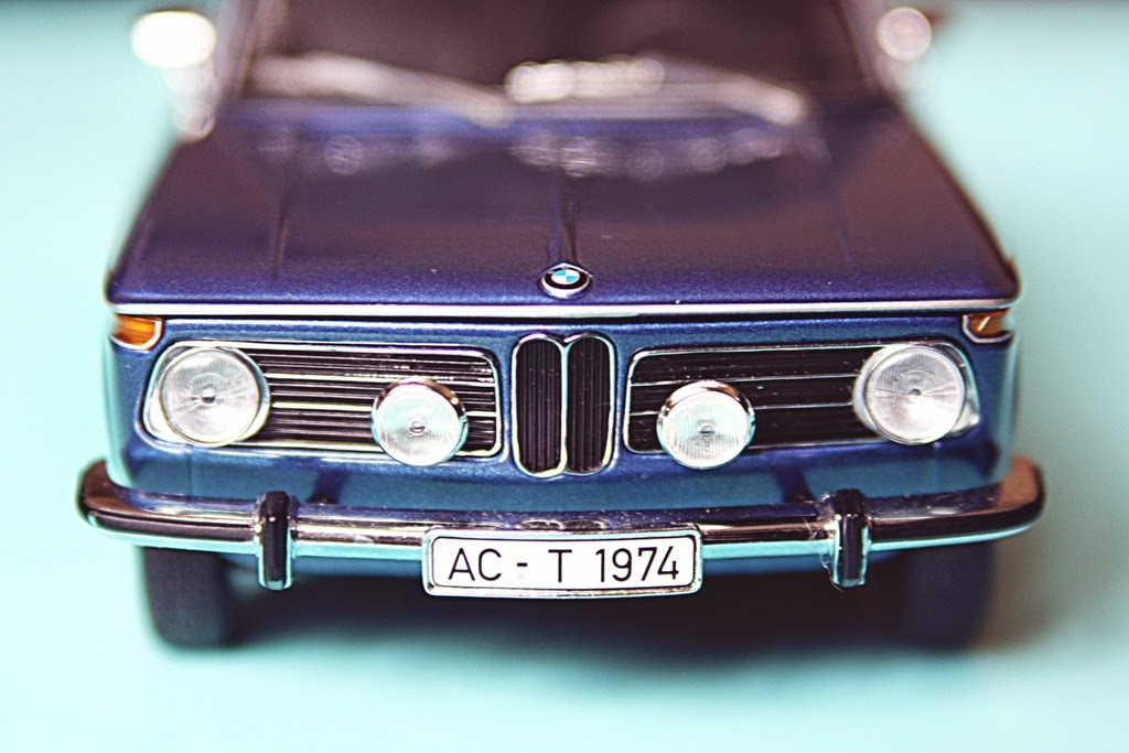 1/18 Minichamps BMW 2000 tii Touring