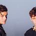 """Martin Garrix e Troye Sivan formam um casalzão da porra no clipe de """"There For You"""""""