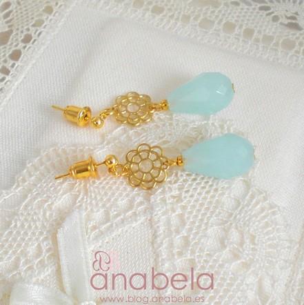 pendientes de cristal azul y filigrana dorada