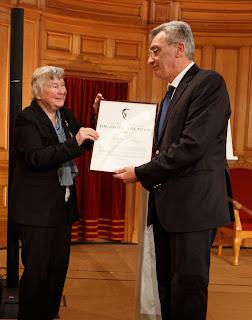 Συλλυπητήρια επιστολή του Δήμαρχου Λέσβου στον Joakim Palme για την απώλεια της μητέρας του, χήρας του Πρωθυπουργού της Σουηδίας