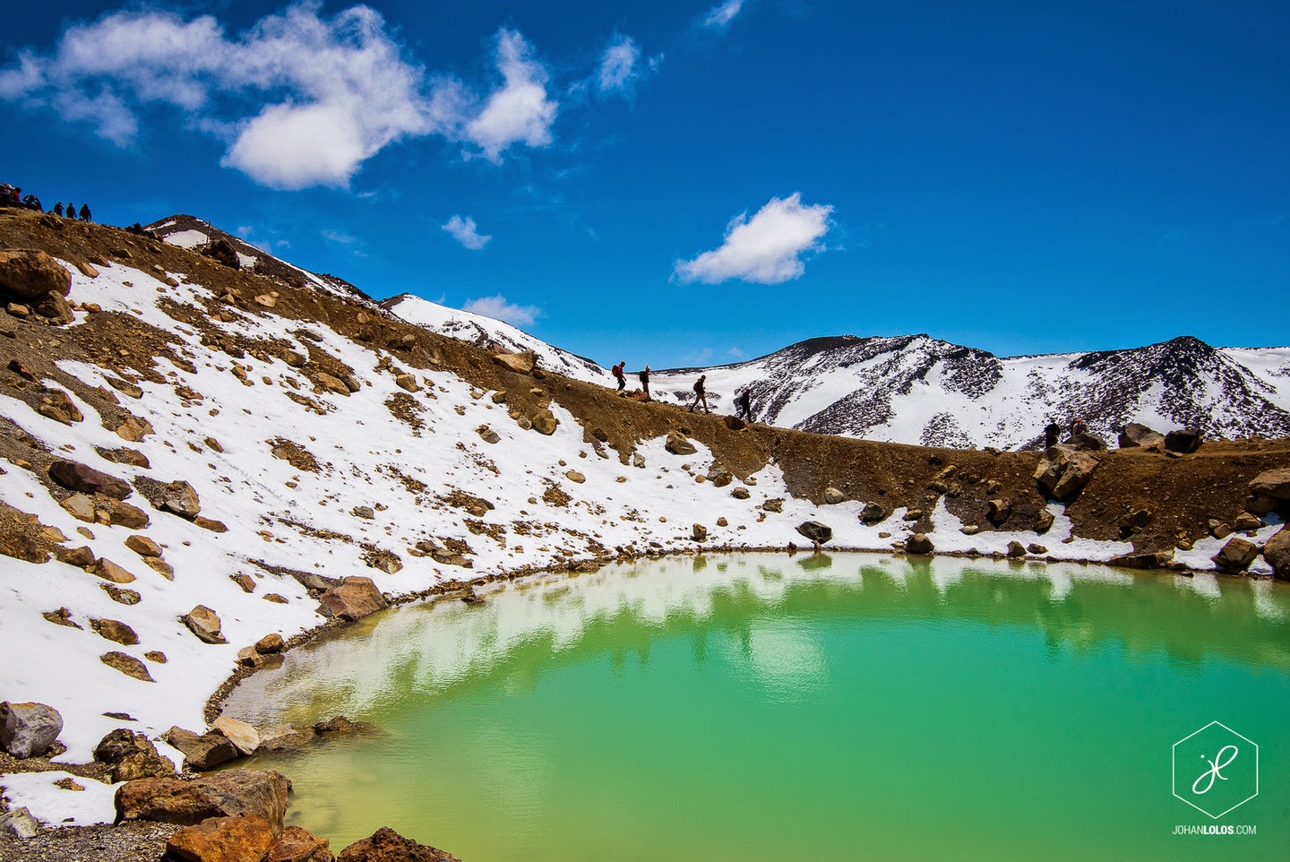 Tongariro Alpine Crossing - He Traveled Around New Zealand In A Camper Van… This Is What He Saw.