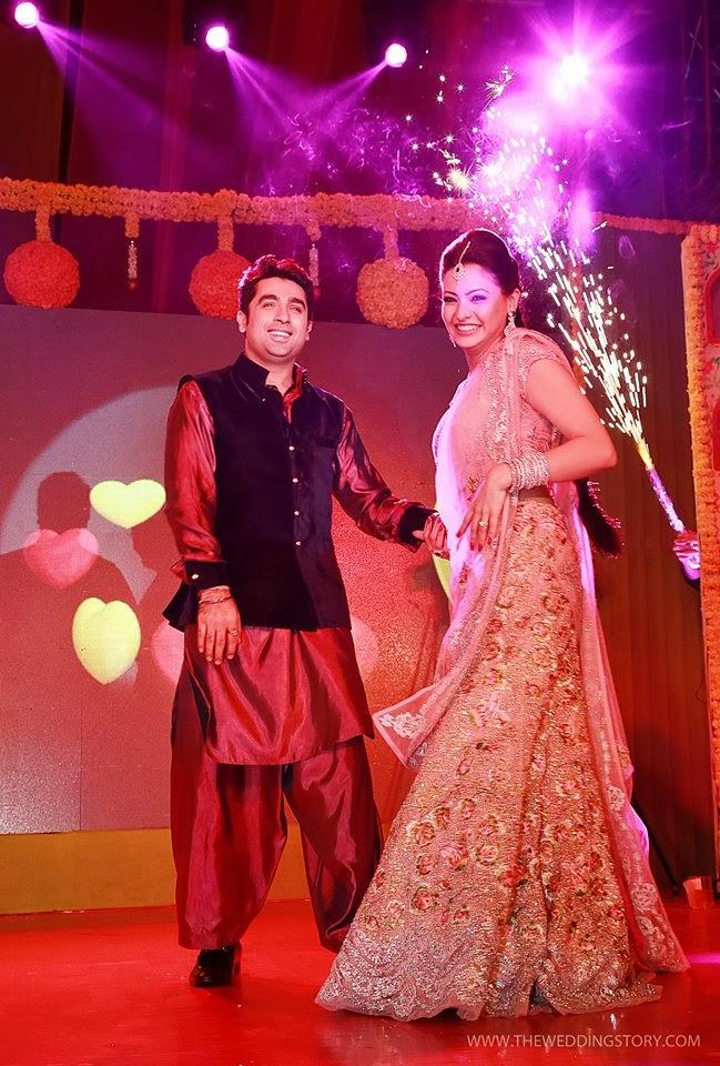 http://3.bp.blogspot.com/-CeU8n-E1UU8/UsGARsIMdBI/AAAAAAAAOco/hqtIvqUjKpM/s1600/tv-actress-aamna-sharif-wedding-photos+(22).jpg Aamna Sharif Wedding