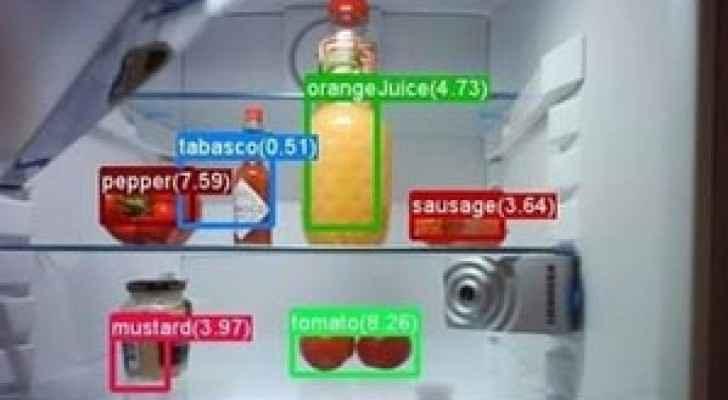 الثلاجة الذكية  تذكرك بشراء ما تحتاجه من أنواع الغذاء