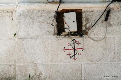 En Santiago de Cuba, by Guillermo Aldaya / PhotoConversa
