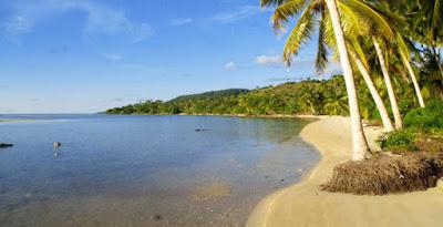 Wisata Laut Bunaken