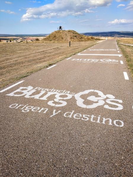 Carretera de acceso al yacimiento de Clunia