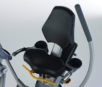 45-degree angled seat with multiple height & tilt adjustments on Octane Fitness xR650 Recumbent Elliptical