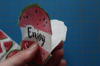 DIY-Basteltipp für ein selbst  gemachtes Bügelbild aus einer Serviette von Ars Vera
