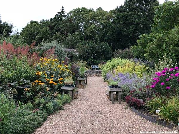 Hillers Garden Centre Warwickshire