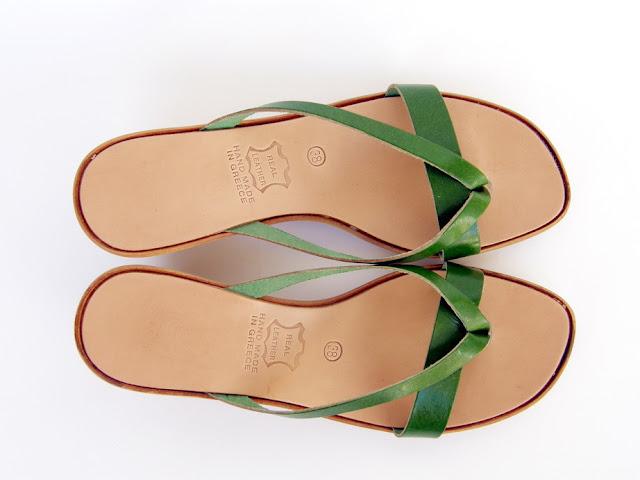 3aaba0e7826 Δερμάτινα σανδάλια και πλατφόρμες για το καλοκαίρι... | το blog της ...