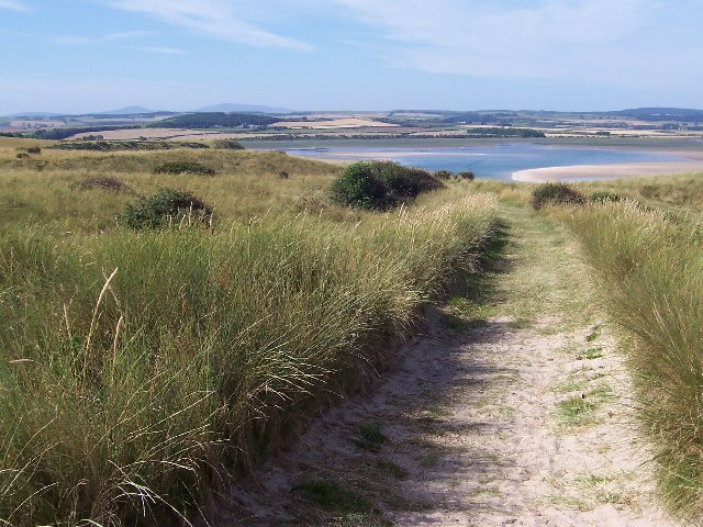 A guide to camping by the beach along the Northumberland