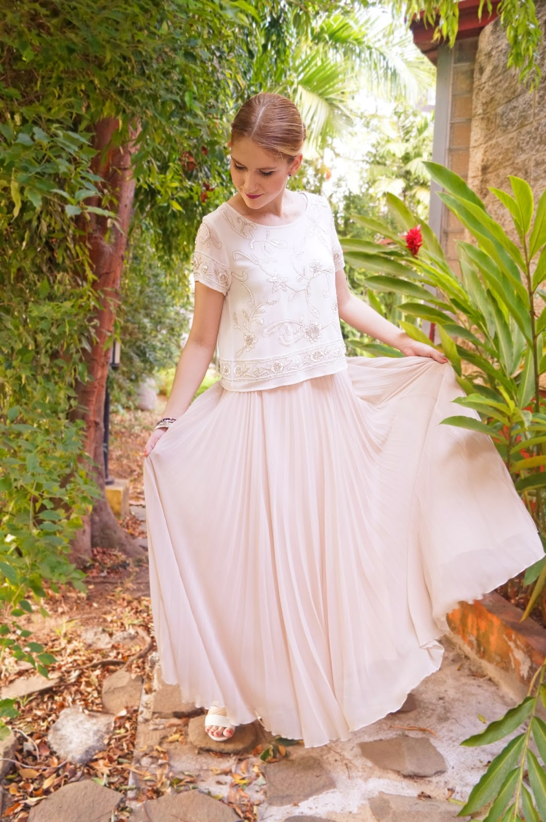 Beige Maxi Skirt Outfit