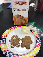 Gingerbread man cookie decorating, gingerbread boy cookie decorating