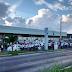 Rodovia BR-101 bloqueada em frente à Guararapes