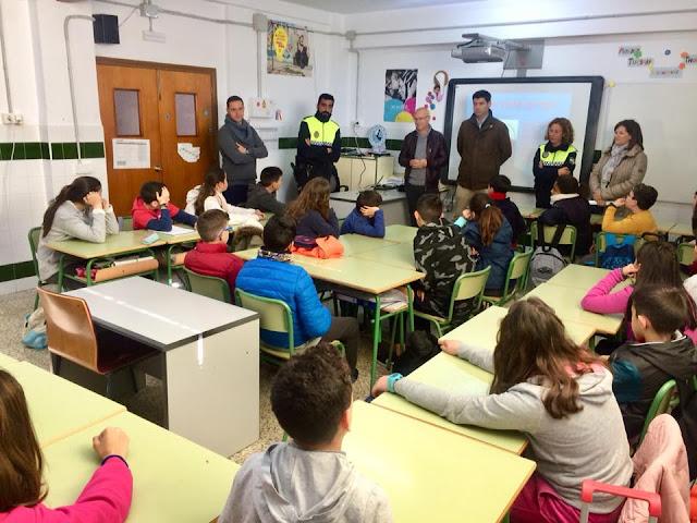 http://www.esvalverde.com/2018/04/clases-de-educacion-vial-en-valverde.html
