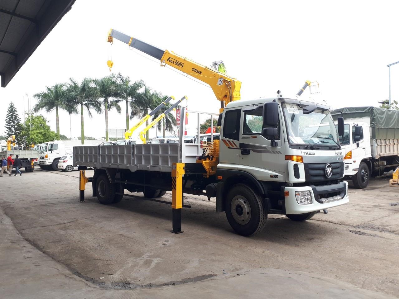 Xe tải cẩu 8 tấn Thaco C160 tại Hải Phòng
