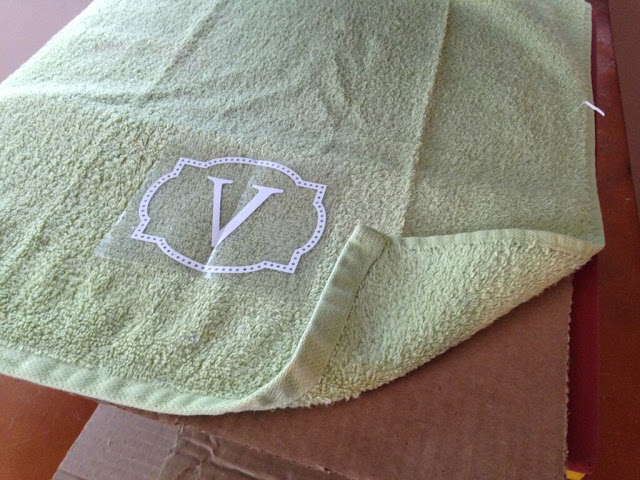 Silhouette Cameo, HTV, heat transfer vinyl, towels, DIY, do it yourself