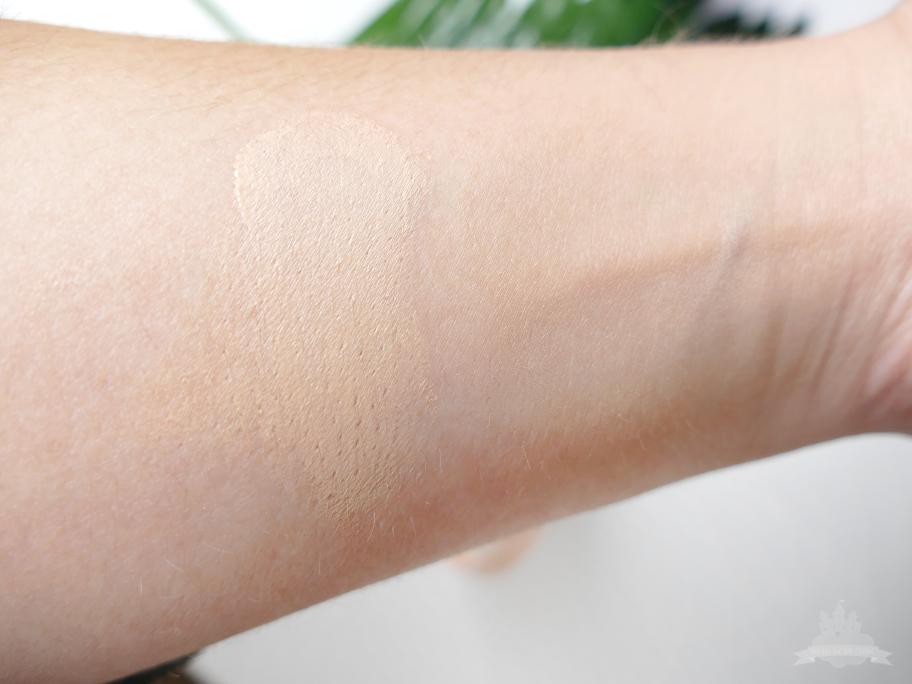 MISSHA The Original Tension Pact Swatch