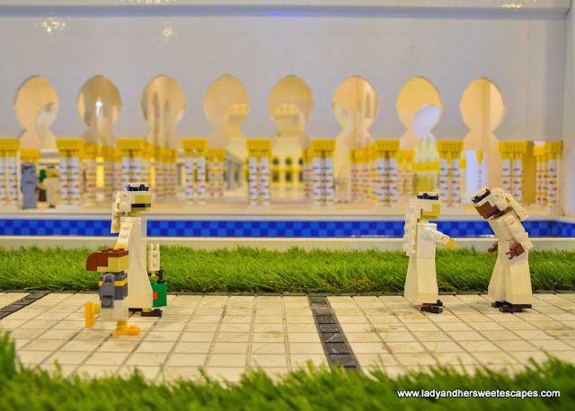 details of grand mosque replica at Legoland Dubai Miniland