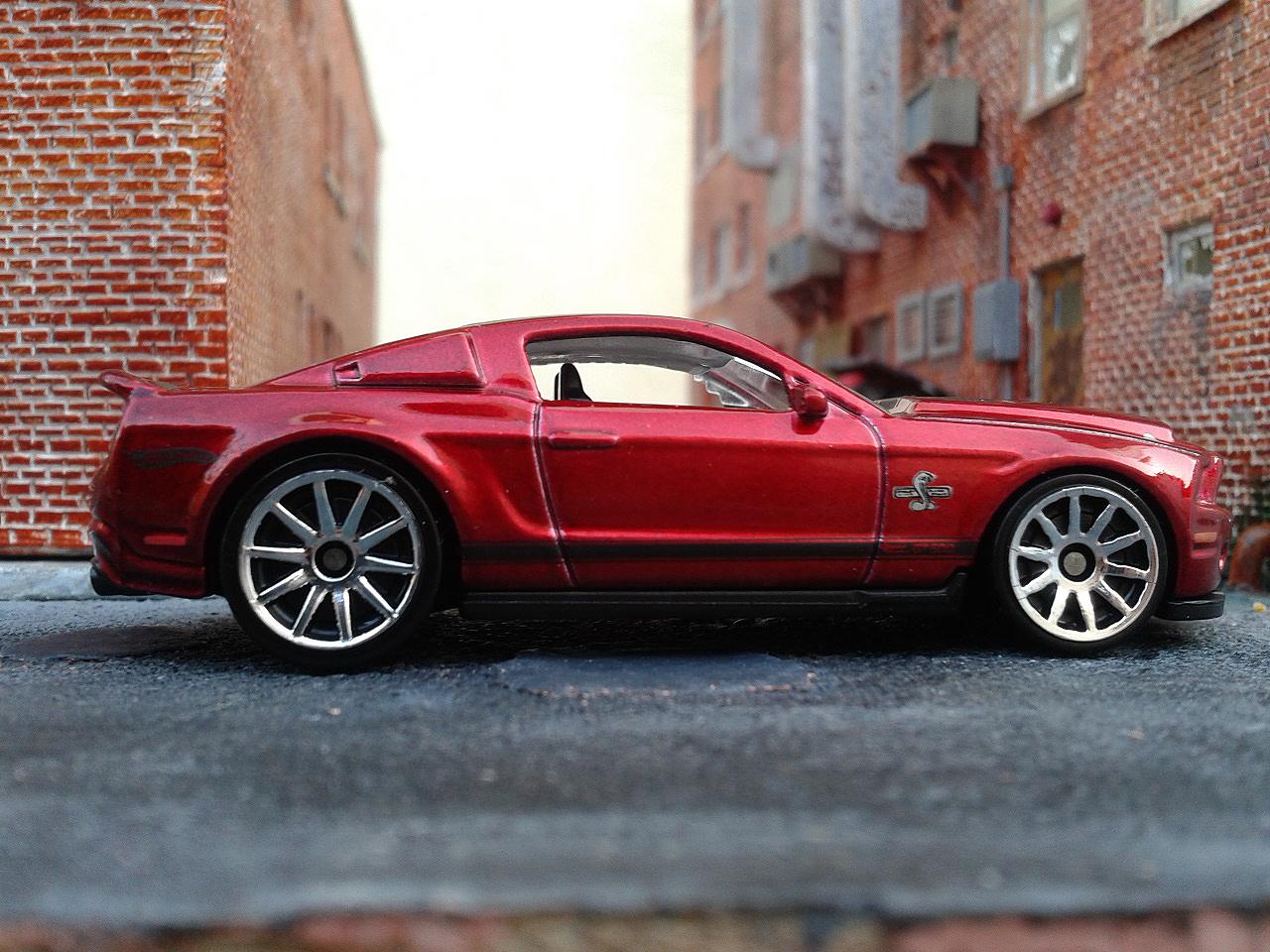 Diecast Cars Habitat: Ford Shelby 2010 GT-500 Super Snake