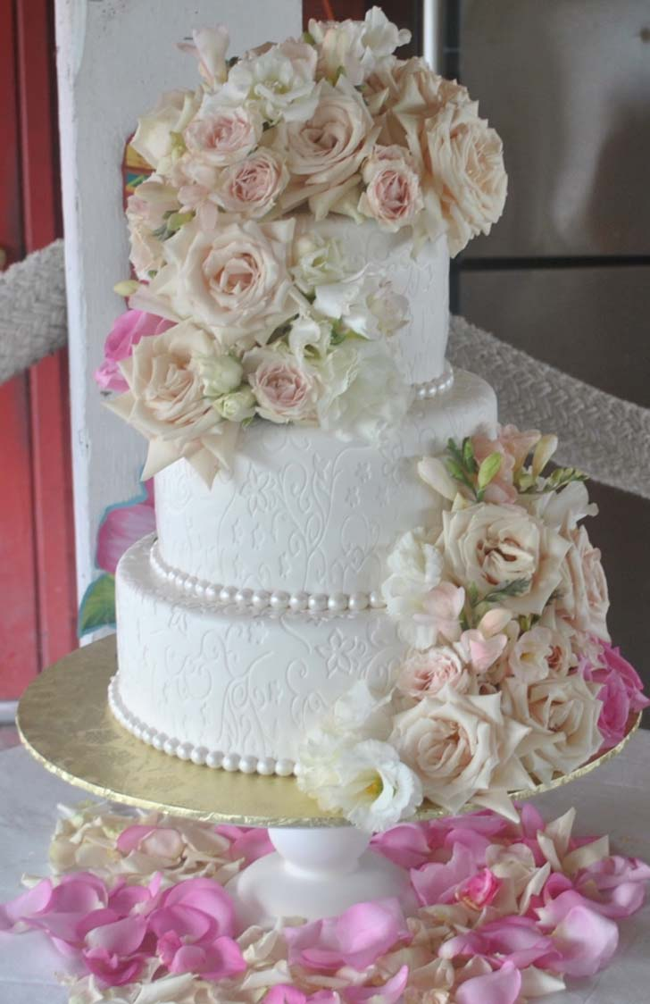 Beautiful Wedding Cakes Tagged White With Bling Archives