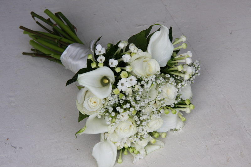 The Flower Magician: A Simply Elegant All White Wedding