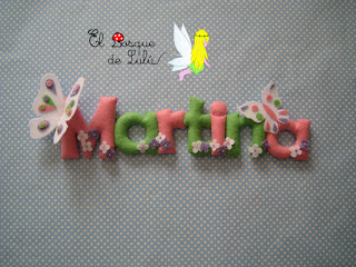 nombre-fieltro-Martina-felt-feltro-name-banner-elbosquedelulu-hechoamanoparati-regalo-original-personalizado-bebe-decoración-infantil