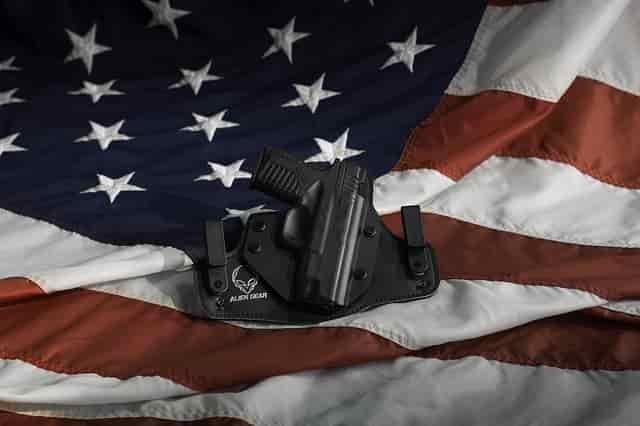 銃乱射事件 米国での銃保持と米国投資でのリスクを考える