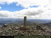 Cima del Pico Panchón, en Allande