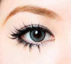 Cara mengatasi mata merah akibat softlens.