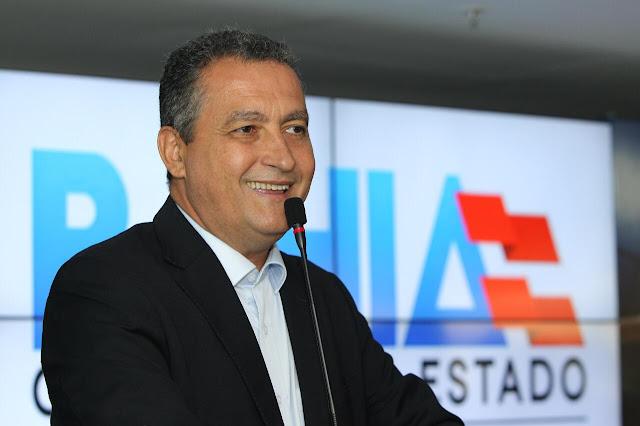 Rui entrega obras nos municípios de Varzedo e Amargosa