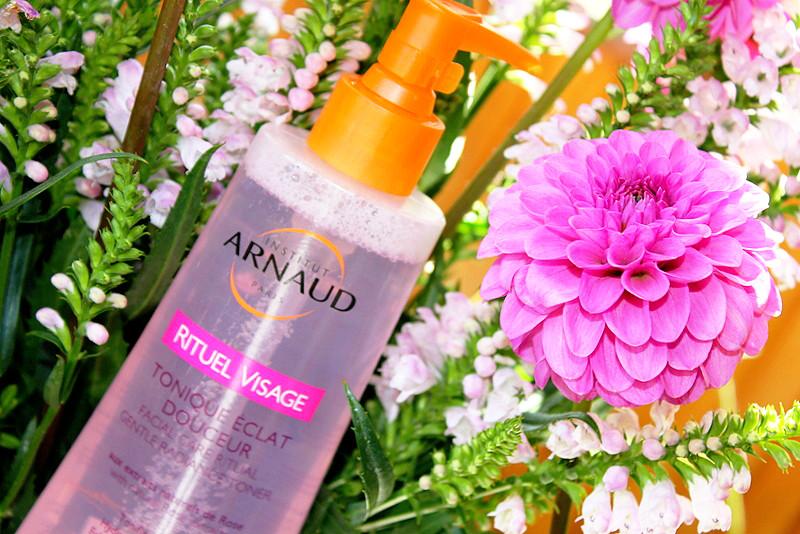 Отзыв: Нежный тоник для лица с розовой водой ARNAUD.
