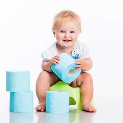 Diez consejos para ayudar a los niños a controlar los esfínteres y dejar el pañal.