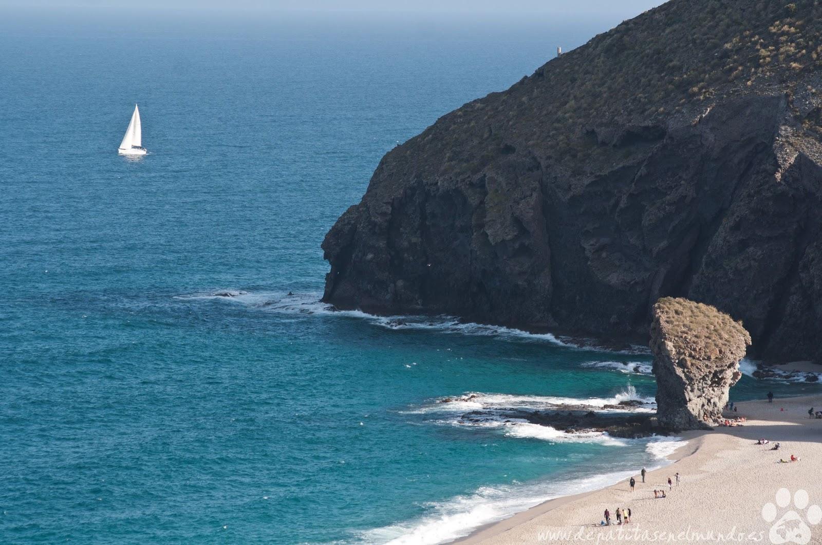 Playa de Los Muertos en Cabo de Gata