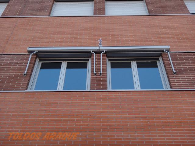 Empresa Toldos en Madrid  instaladores  Instalación de 4 Toldos Portada cofres en Valdemoro Trabajos realizados