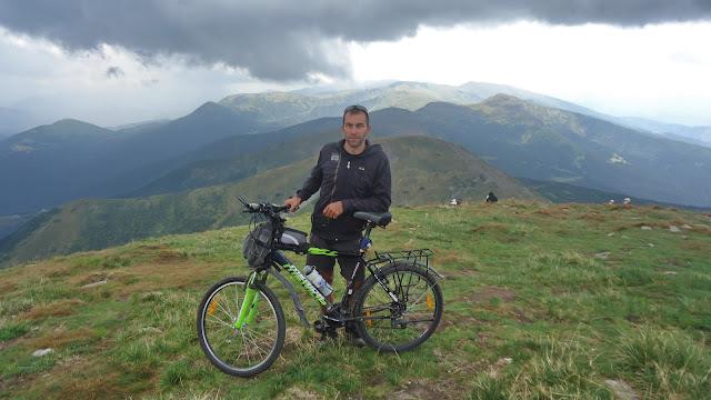 Говерла и велосипед