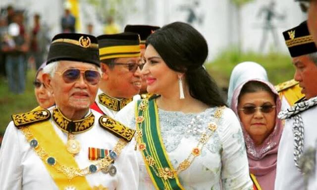 السورية زوجة الحاكم الماليزي ليست لاجئة.. هذه قصتها