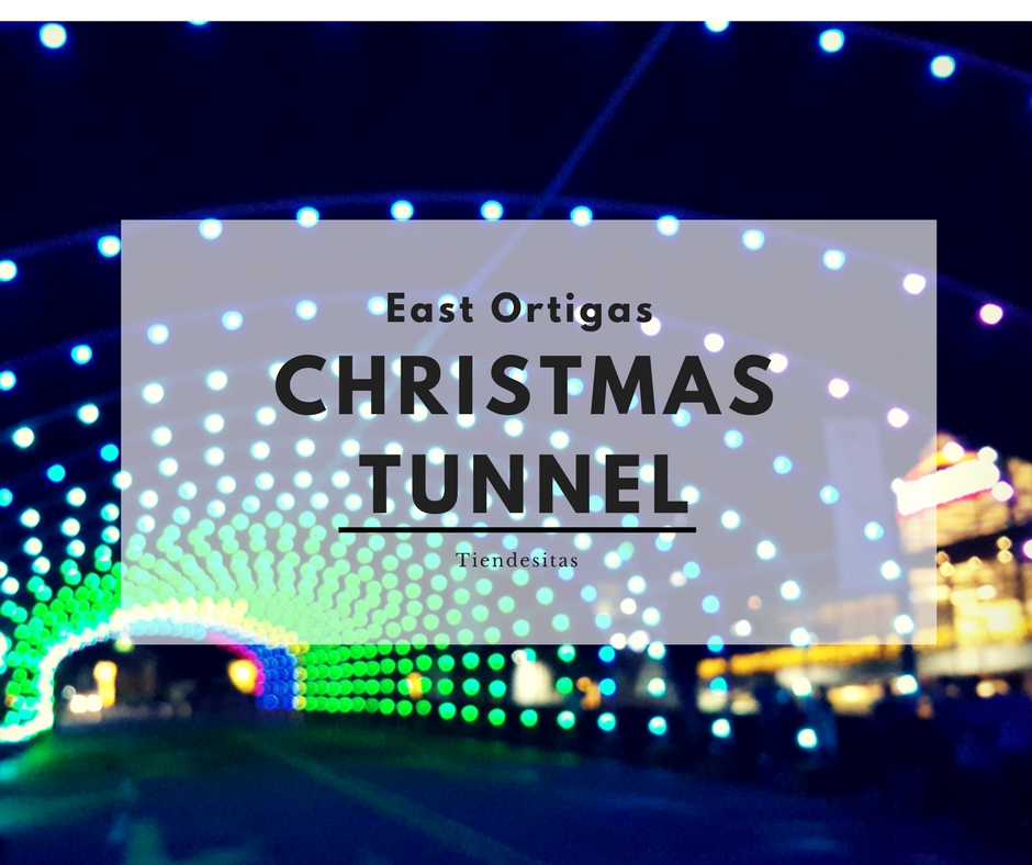 one of them is the christmas musical street light tunnel in frontera verde in tiendesitas that is sure to make heads turn and keep eyes glued as families