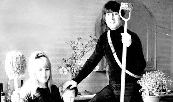 Cynthia Lennon John Lennon Julian Lennon worldwartwo.filminspector.com