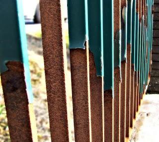 Cara Mengecat Kembali Pagar Besi Rumah Yang Sudah Berkarat