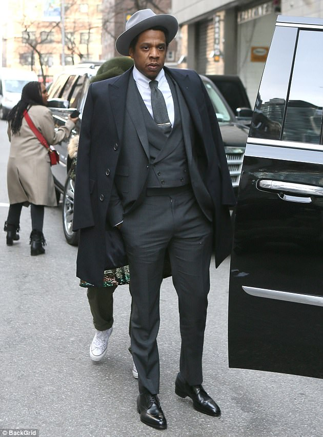 Jay-Z-Roc-Nation-Brunch-Clive-Davis-Pre-Grammy-party