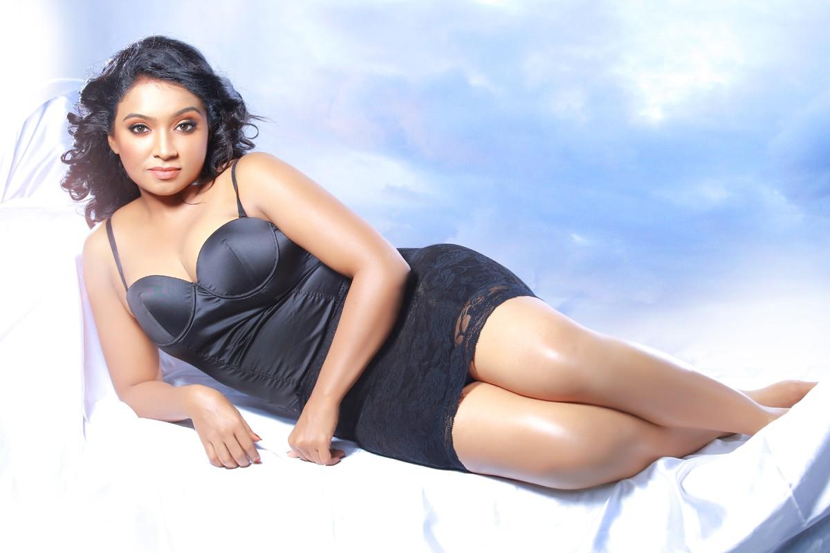 Prabhasmyhero Blog Prabhas Awesome Hd Stills Without: Actress Vaishali Latest Awesome Photo Stills High