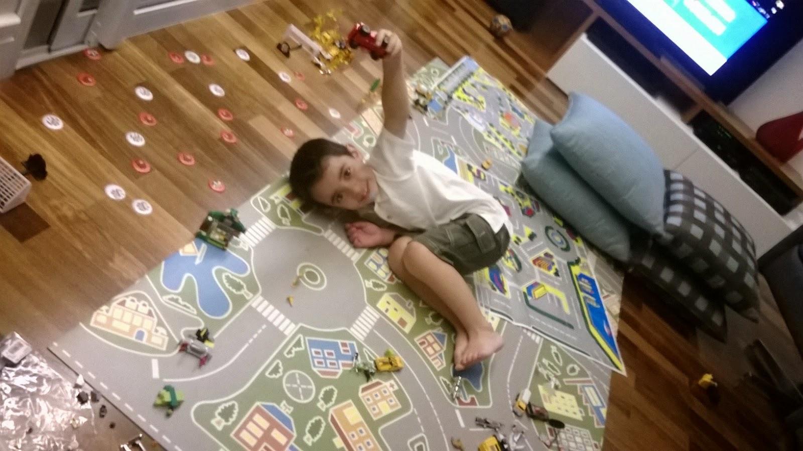 Bagunça Geral x Organização - Crianças - Brinquedos