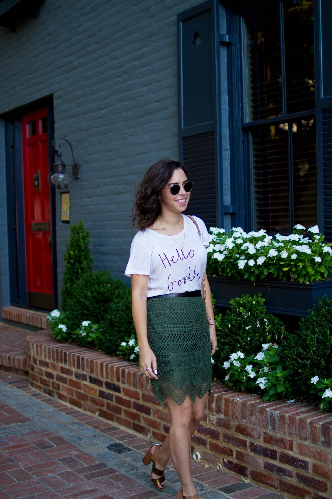 How to style a lace skirt. | A.Viza Style | sam edelman sandals - lace skirt - dc blogger