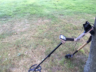 My Minelab Safari metal detector ready to metal detect.